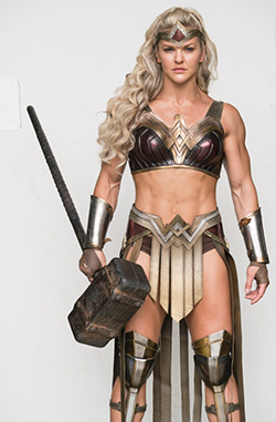 Brooke Ence in the pointlessly redesigned Amazon armor. Photo credit Vero/Zack Snyder/Clay Enos as per Digital Spy.